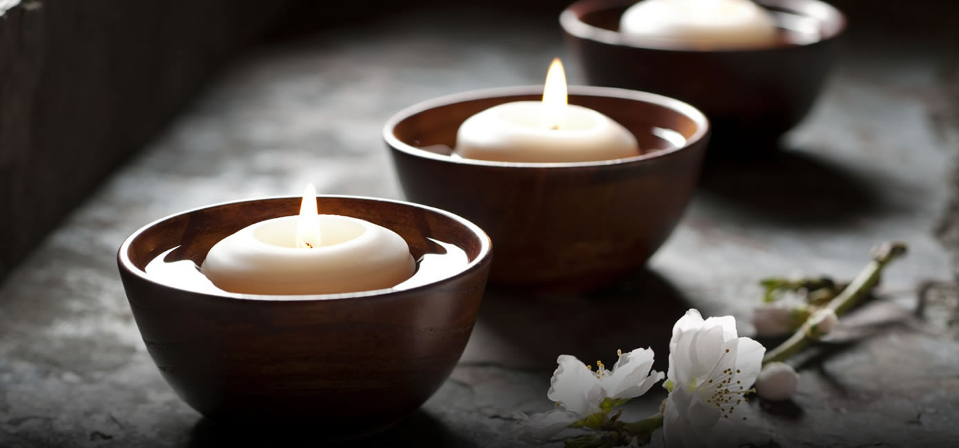 relaxing spa candles